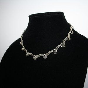 "Vintagejelyfish Jewelry - Beautiful silver necklace adjustable 16-18"""